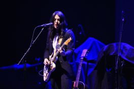 Wilco, Chicago Winter Interlude, December 2019, Alternative, Sharon Van Etten