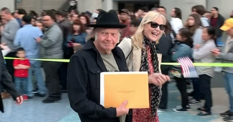 Neil Young is now officially an American citizen