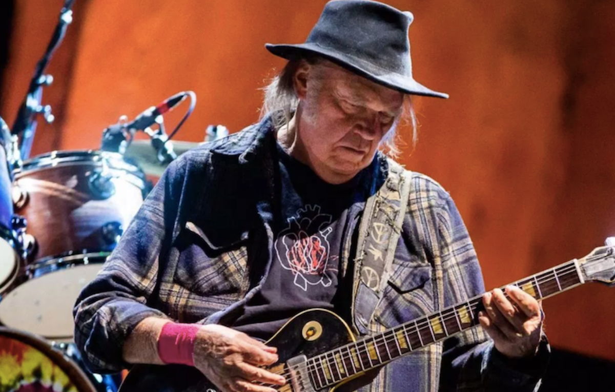 "Neil Young calls Donald Trump a ""disgrace to my country"" in open letter"