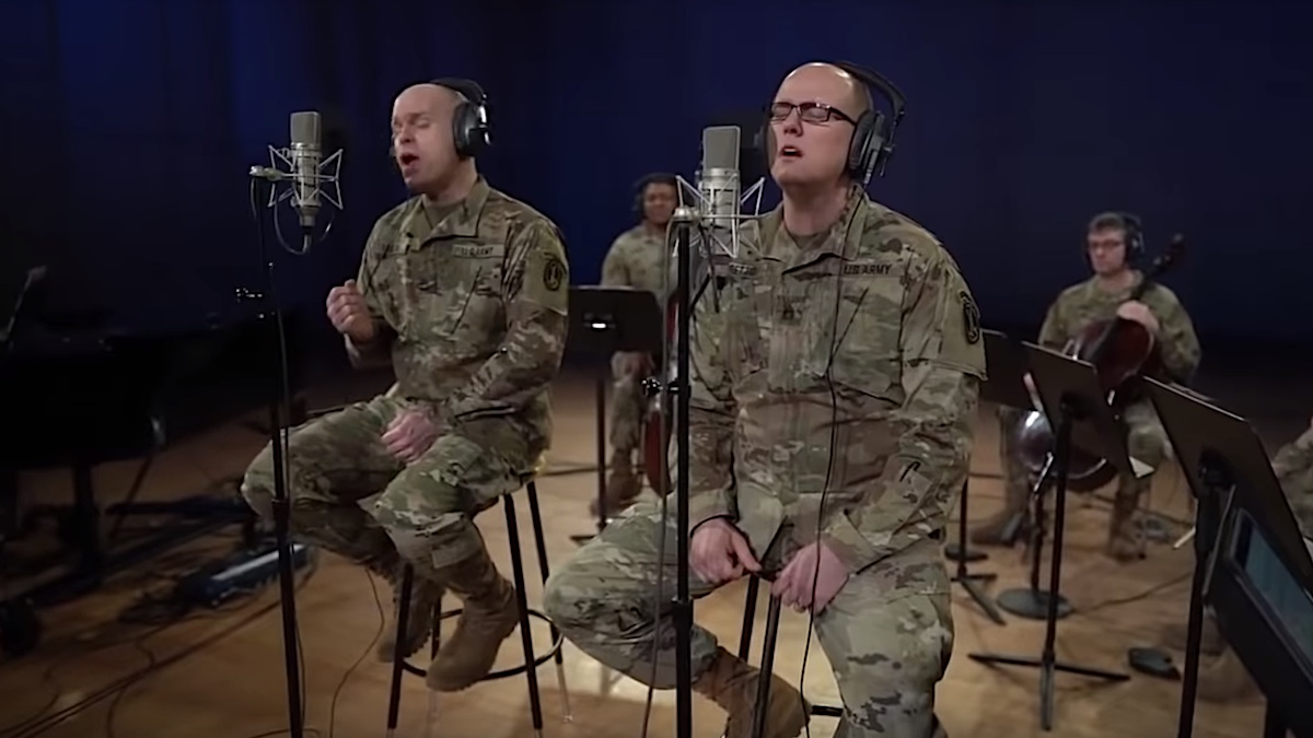 """US Army Band honors Neil Peart with cover of Rush's """"Time Stand Still"""": Watch"""