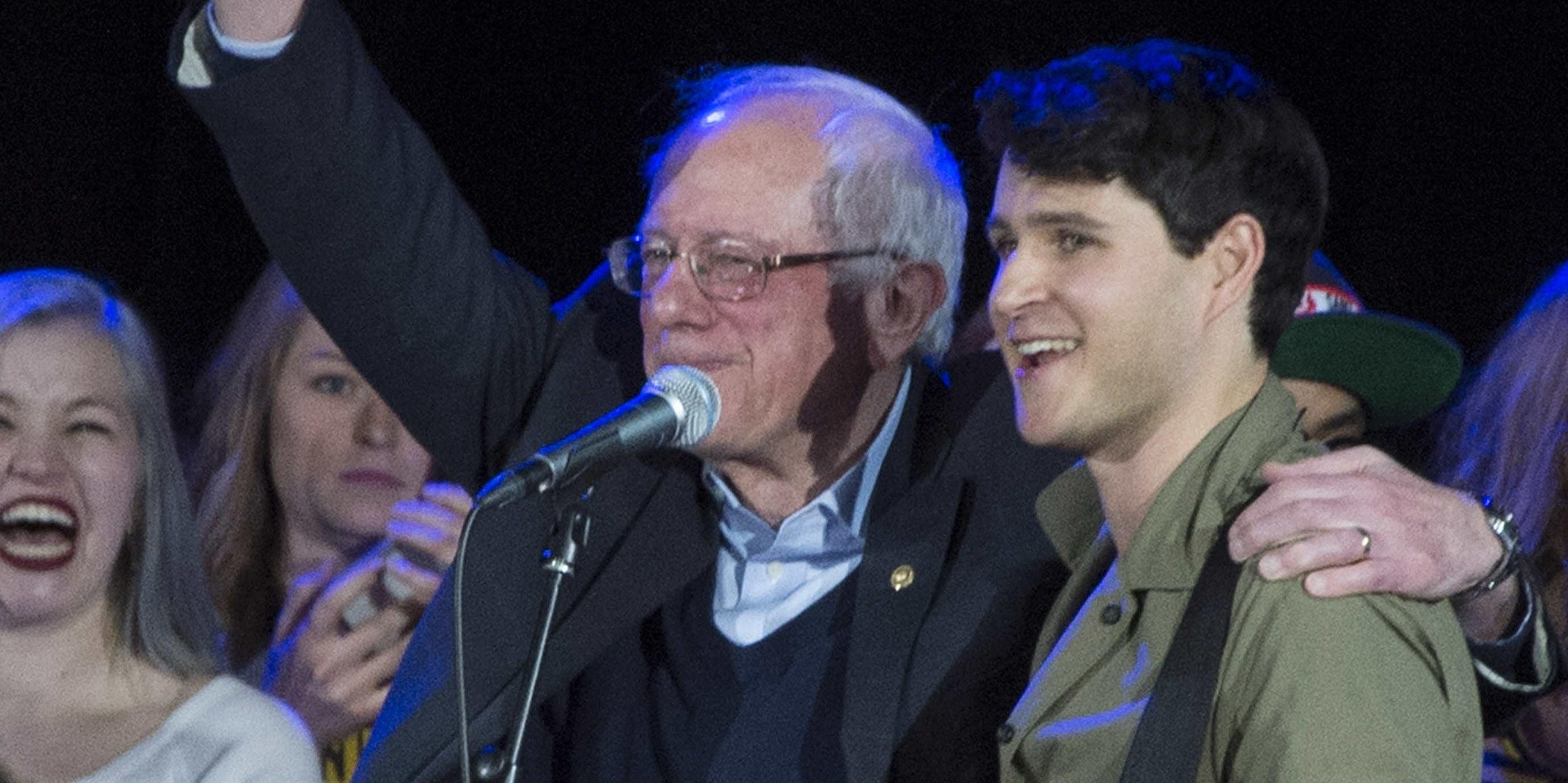 Vampire Weekend and Bon Iver play Bernie Sanders campaign rallies: Watch