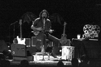 Eddie Vedder 2011 heather kaplan live concert review