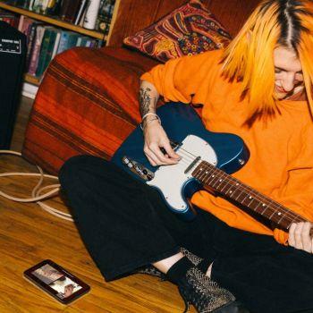 Fender Play three 3 months free guitar lessons coronavirus