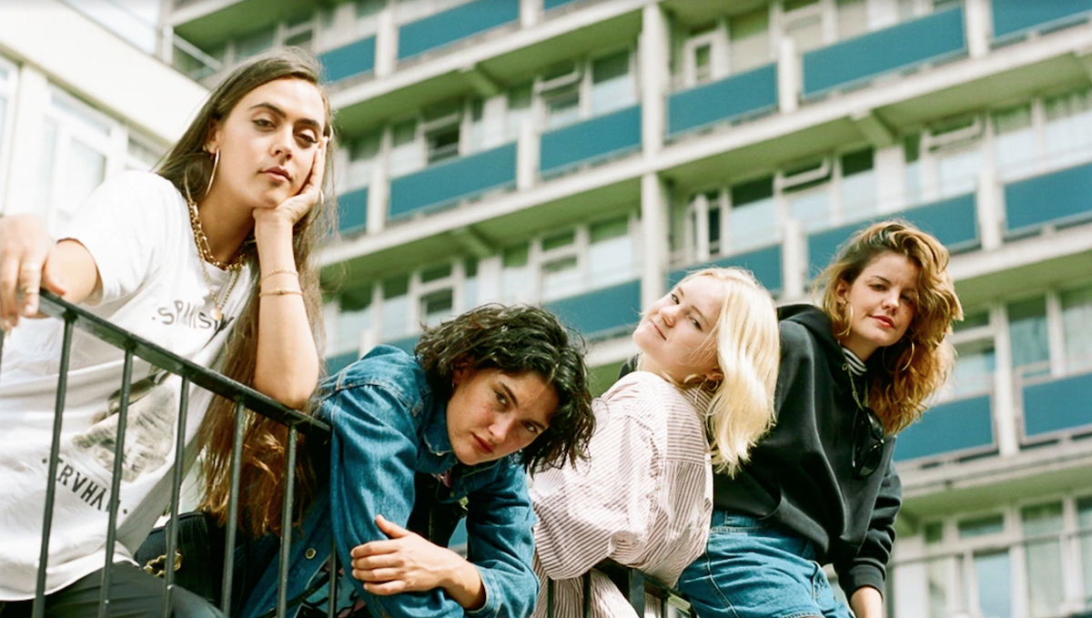 Hinds album release the prettiest curse delay tour reschedule postpone covid-19 coronavirus Keane Pearce Shaw