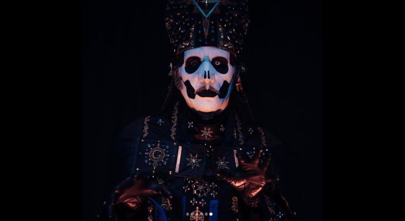Ghost introduce Papa Emeritus IV