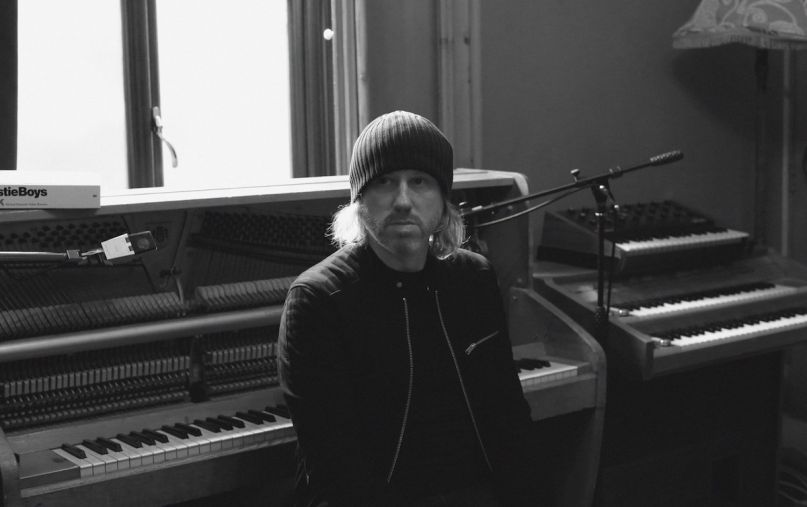 "Badly Drawn Boy Announces New Album, Shares ""Banana Skin Shoes"" 