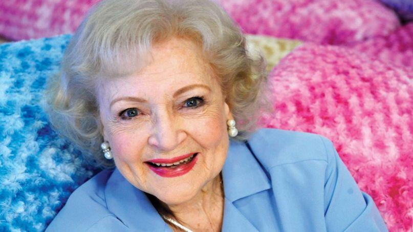 Betty White covid-19 coronavirus safe health healthy age, photo by Gus Ruelas