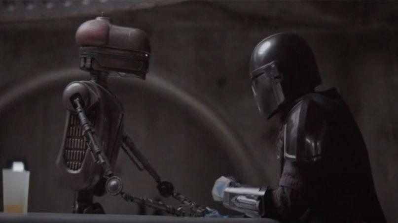 The Mandalorian Mark Hamill cantina droid scene (Disney)
