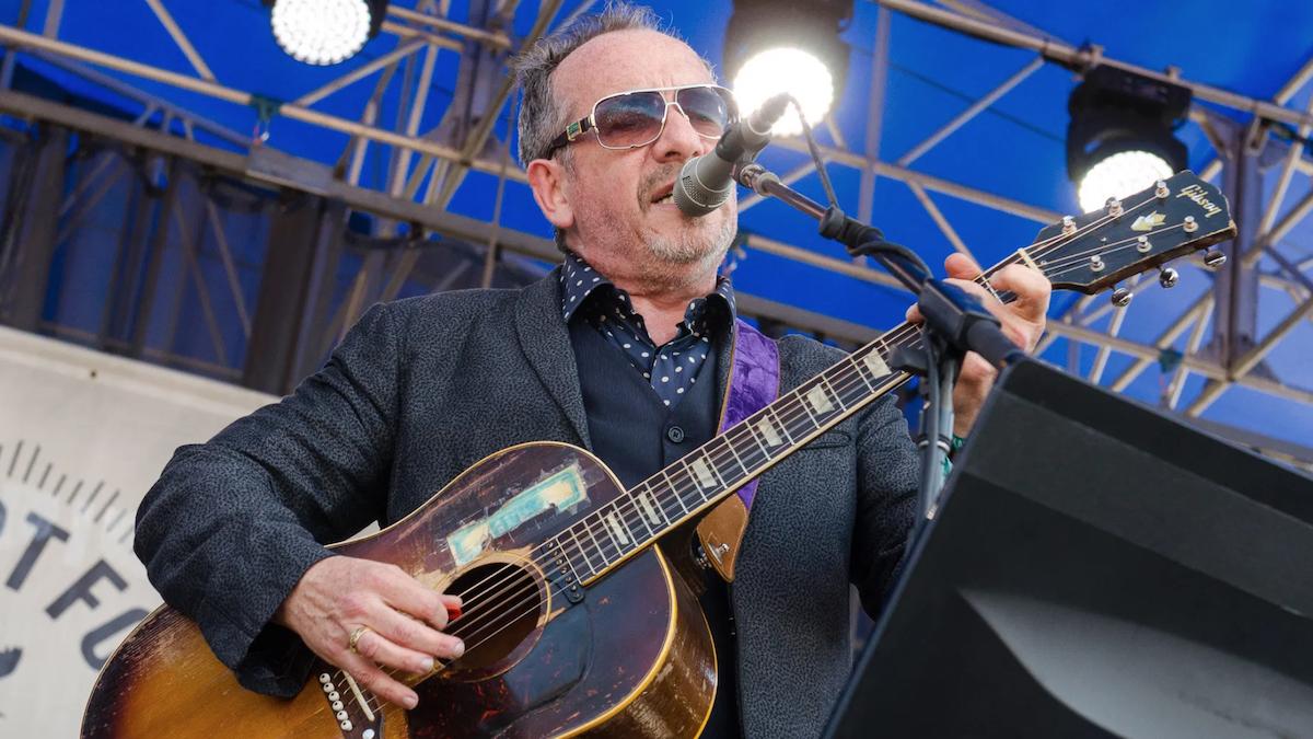 "Elvis Costello shares new song ""Hetty O'Hara Confidential"": Stream"