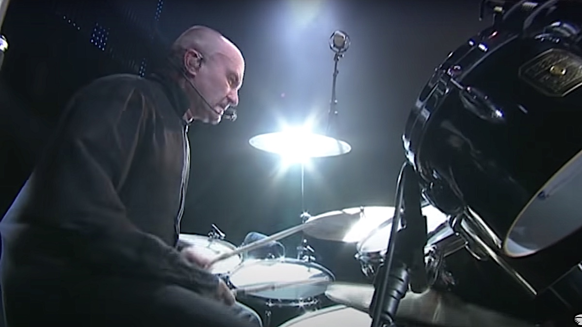 """How to recreate Phil Collins' legendary """"In the Air Tonight"""" drum fill"""