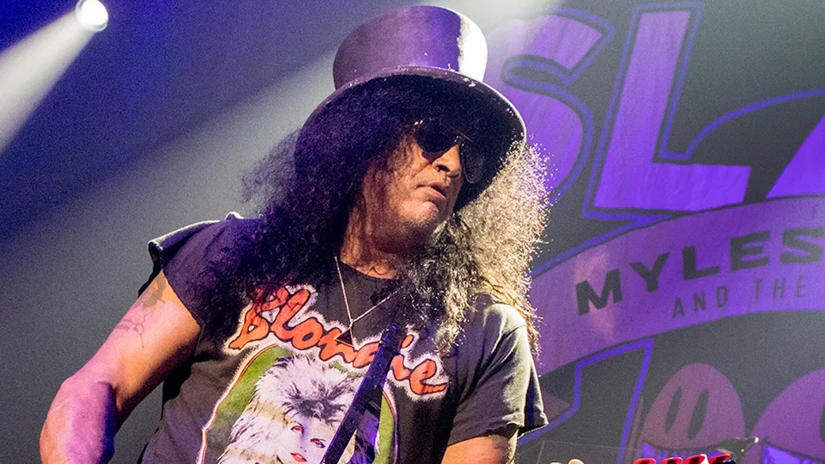 """Slash is jamming with Axl and Duff, """"recording guitar stuff"""" for new Guns N' Roses album during lockdown"""
