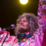 the-flaming-lips-dinosaurs-mountain-single-stream-release