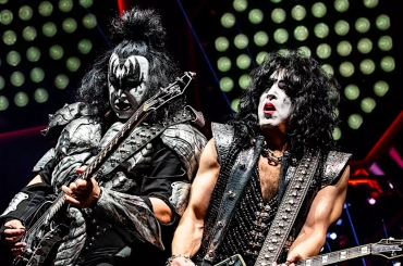 KISS Reschedule US Tour Dates with David Lee Roth for 2021