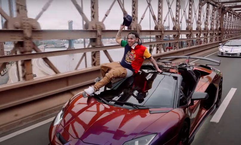 """Tekashi 6ix9ine in """"Punani"""" video"""