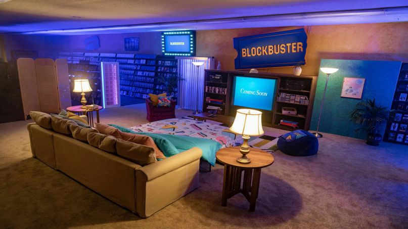 The last Blockbuster in the world is an Airbnb