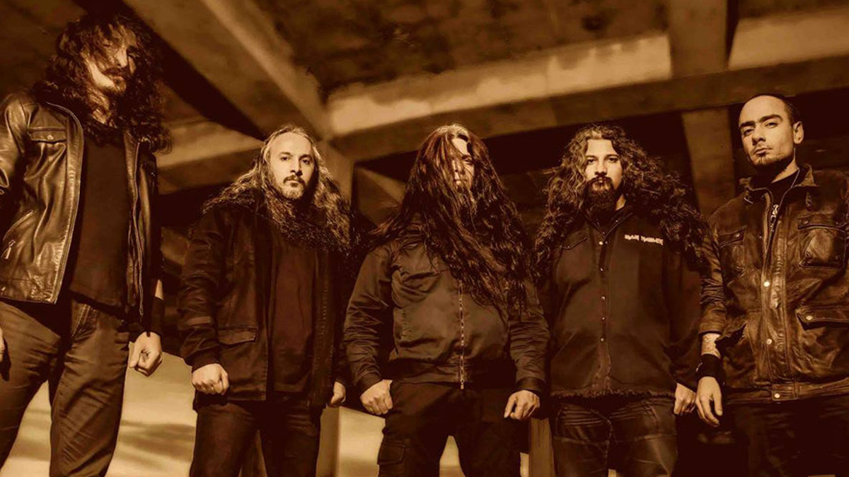 """Iranian metal band Arsames face 15 Years in prison for playing """"satanic"""" music"""