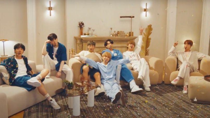 "BTS perform ""Home"" on Fallon"