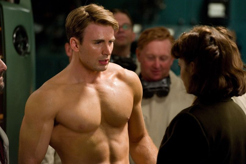 Chris Evans turns nude photo into get out the vote opportunity