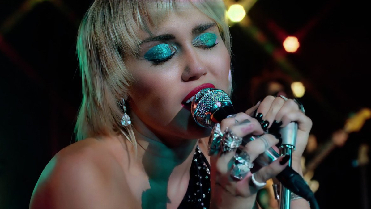 Watch Miley Cyrus Perform Midnight Sky And Cover Maneater On Fallon Consequence Of Sound