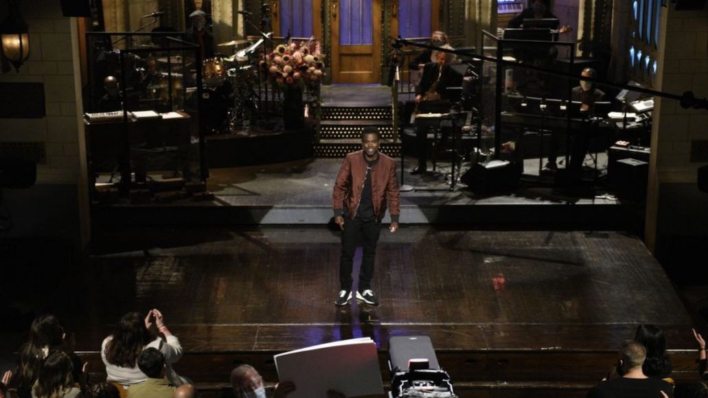 Saturday Night Live audience members paid cost SNL (NBC)