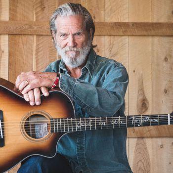 Jeff Bridges breedlove guitars Signature Model interview
