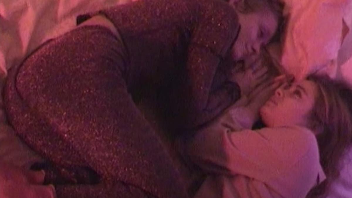 alice phoebe lou dusk origins intimacy