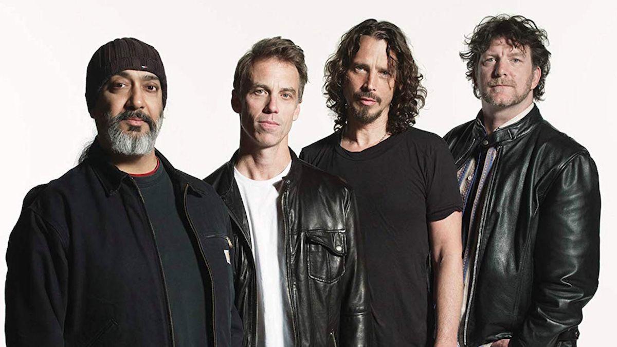 Вики Корнелл подала в суд на Soundgarden из-за предложения о выкупе