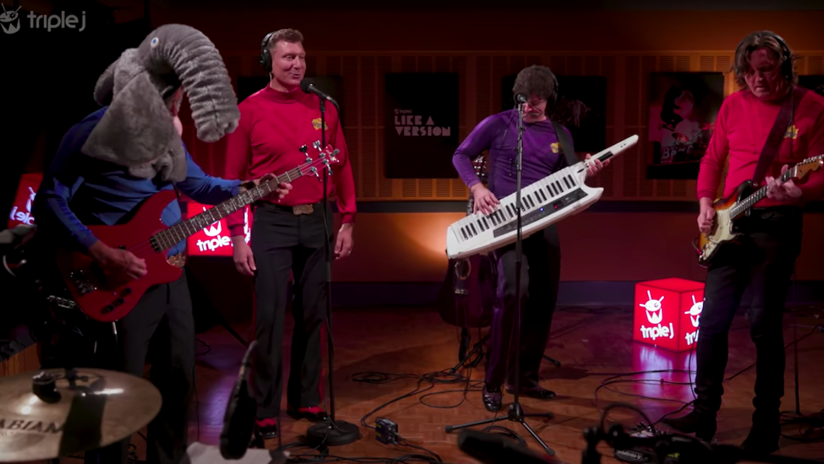 The Wiggles кавер на песню Tame Impala «Elephant»: Watch